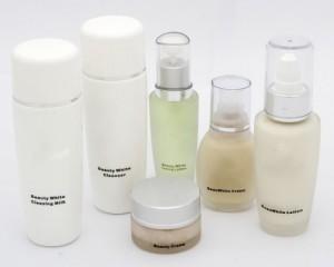 Ingredientes de los cosméticos convencionales y biológicos: diferencias abismales