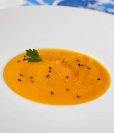 Receta de crema de calabaza con lentejas rojas con jengibre por Montse Vallory