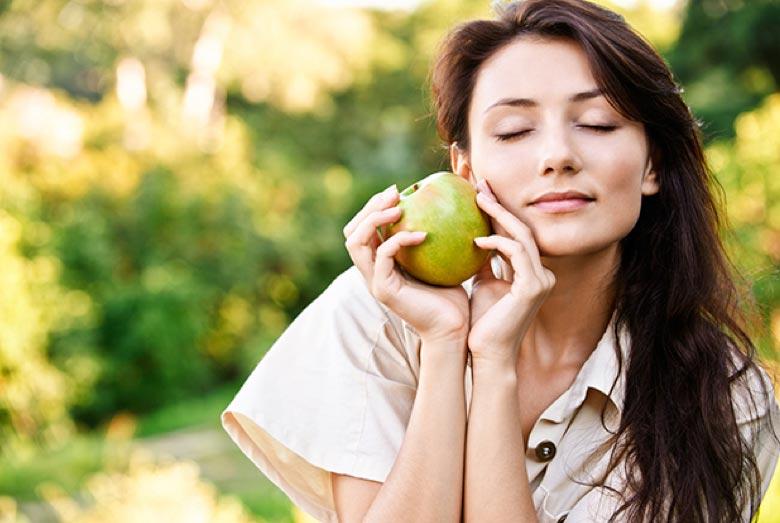 Manzana mujer