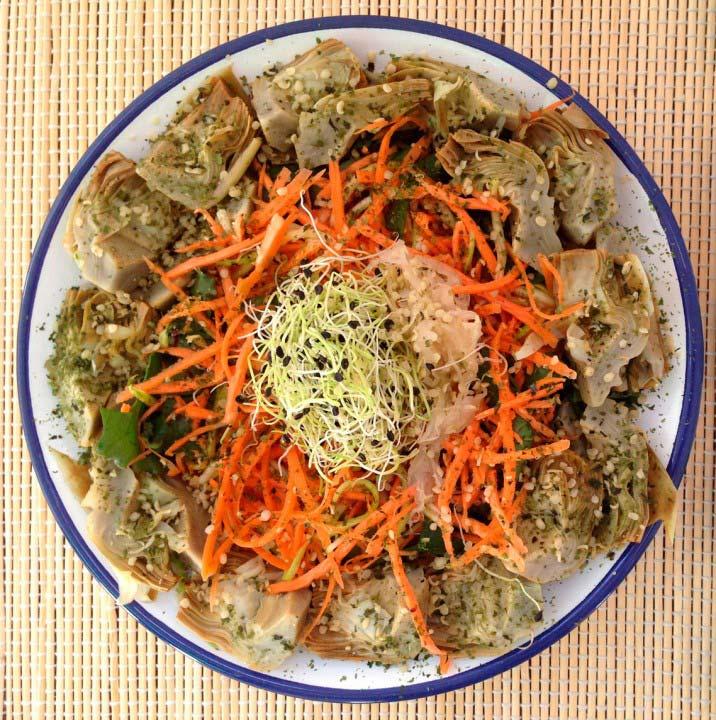 Ensalada alcachofa, zanahoria y calabacín