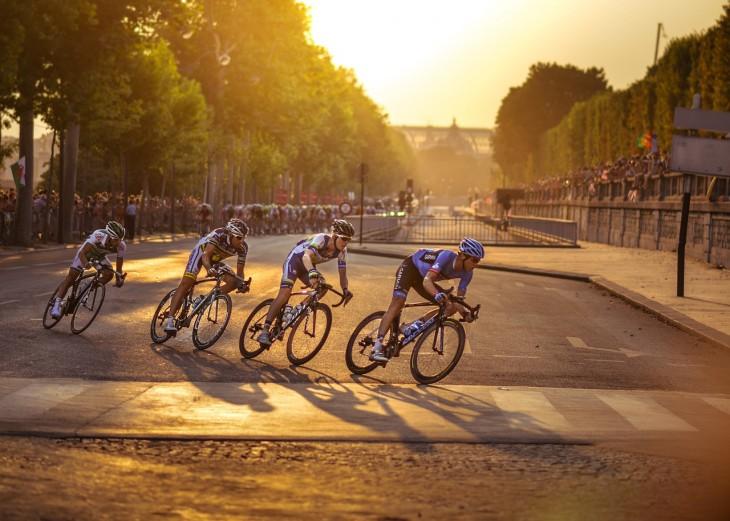 cyclists-917307_1280-e1443638404122