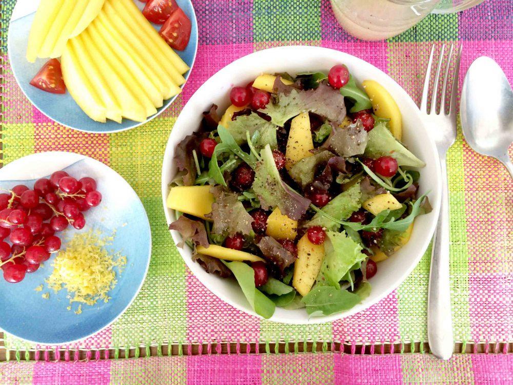 Ensalada tropicalde mango coco limón fresh