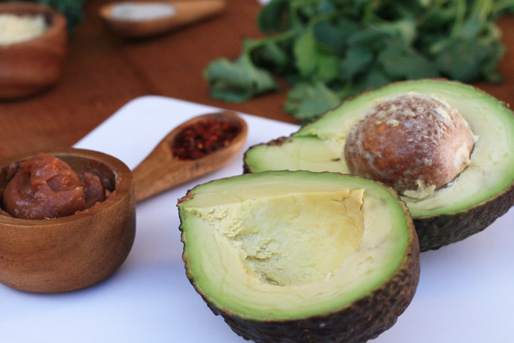 El aguacate, fruta ideal para untar en vez de alimentos más calóricos como la margarina o mantequilla