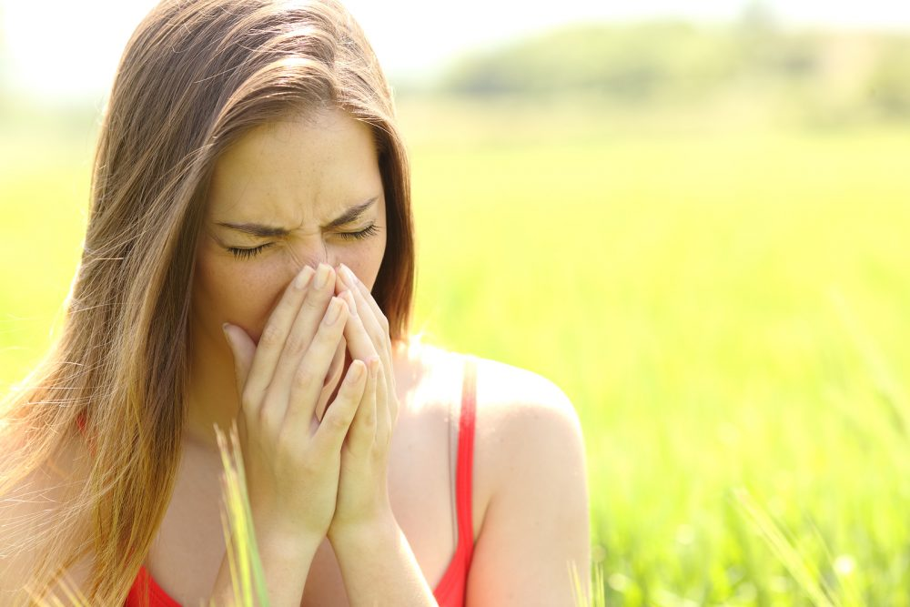 bigstock-Woman-With-Allergy-Coughing-In-100434251-e1469602343142