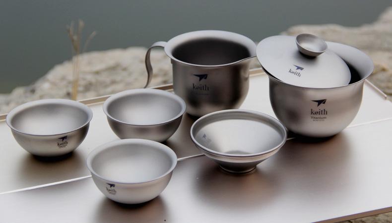 Titanio puro y utensilios de cocina