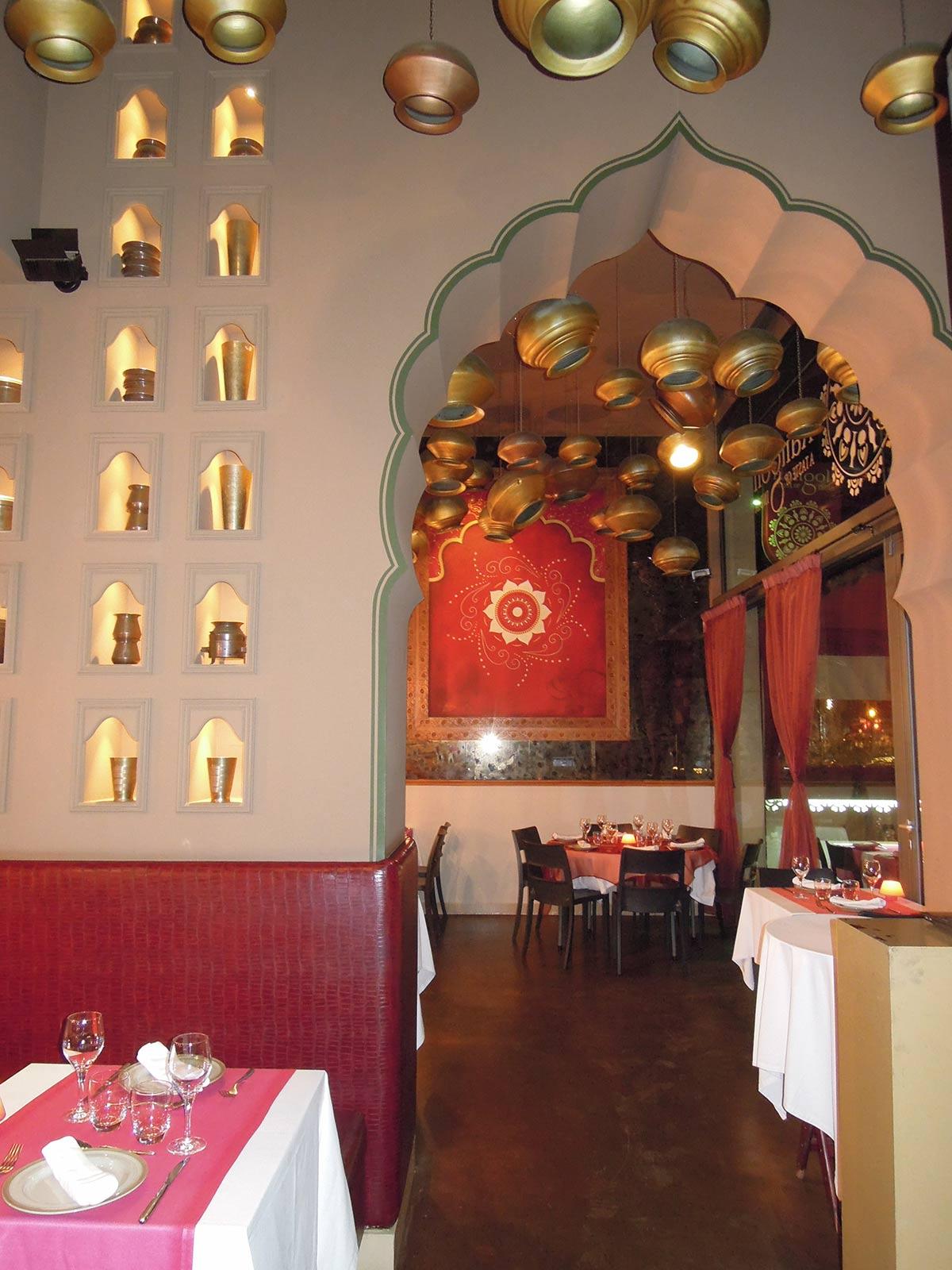 Interior del restaurante hindú y vegano Rangoli