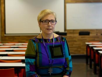 Àngela Pallarès, doctora en Antropología, diplomada en Enfermería y coordinadora del proyecto de investigación de la ONG Radjem
