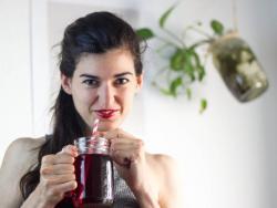 Lucía Gómez, experta en nutrición natural y profesora de cocina saludable