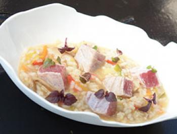 Arroz caldoso y rápido con sabor de Japón