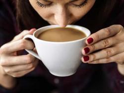 ¿Es bueno para todo el mundo tomar 3 cafés al día?
