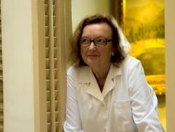 Doctora Carme Valls, endocrinóloga y especialista en salud femenina
