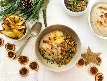 Cremoso puré de chirivía, nabo, pera y anacardos con tempeh macerado
