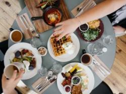 ¿Qué podemos pedir para beber y para comer fuera de casa que sea saludable?