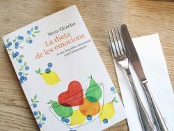 """Neus Elcacho, dietista integrativa y autora de """"La dieta de las emociones"""""""