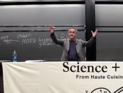 El cocinero catalán expone en Harvard las bases de la cocina