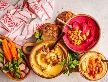 Variedad de hummus, más allá de los garbanzos