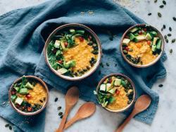 Mijo cremoso con lentejas, hortalizas y shiitake