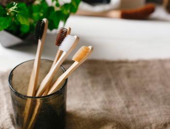 Sí, el cepillo de dientes también tiene que ser ecológico
