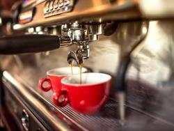 Diez hábitos que los bares podrían cambiar