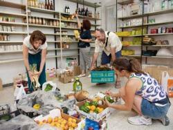 Comer y absorber bien brócolis, coles, zanahorias y tomates para beneficiarnos de sus propiedades