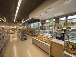 Llega a Madrid la cadena de supermercados Veritas