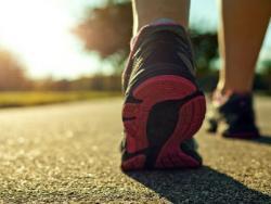 """¿Qué es el """"powerwalking"""" y qué alimentación se debe seguir si se practica?"""